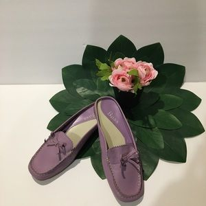 Bass Lilac leather slip ons Sz 6